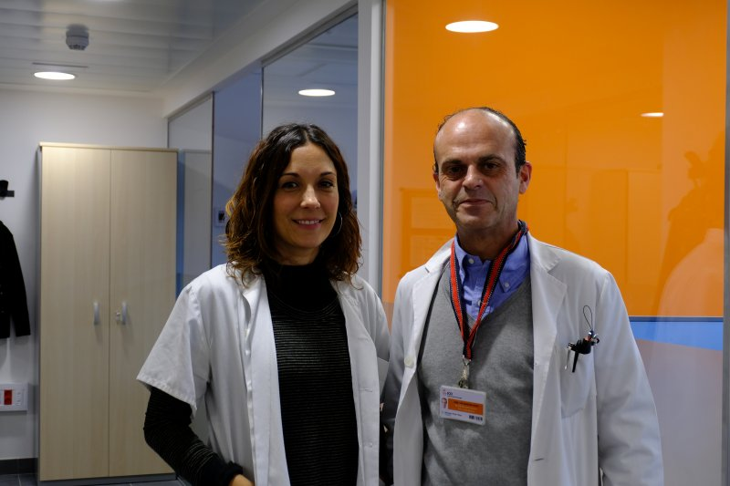 Researcher at the Resistance, Chemotherapy and Predictive Biomarkers Group of the ProCURE Programme ICO-IGTP, Eva Martínez-Balibrea, and the oncologist from ICO Badalona, José Luis Manzano, authors of the studyResearcher at the Resistance, Chemotherapy and Predictive Biomarkers Group of the ProCURE Programme ICO-IGTP, Eva Martínez-Balibrea, and the oncologist from ICO Badalona, José Luis Manzano, authors of the study